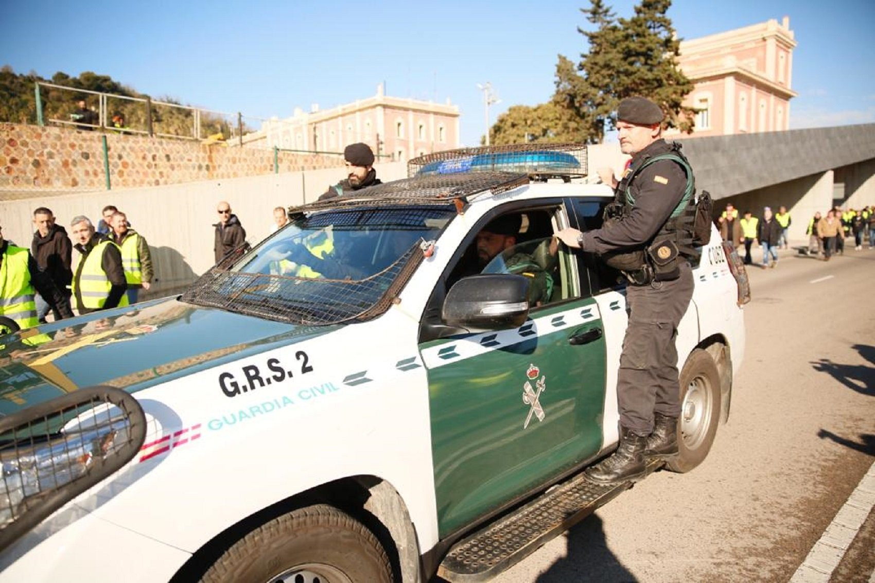 guardia civil port barcelona taxi el nacional sergi alcazar
