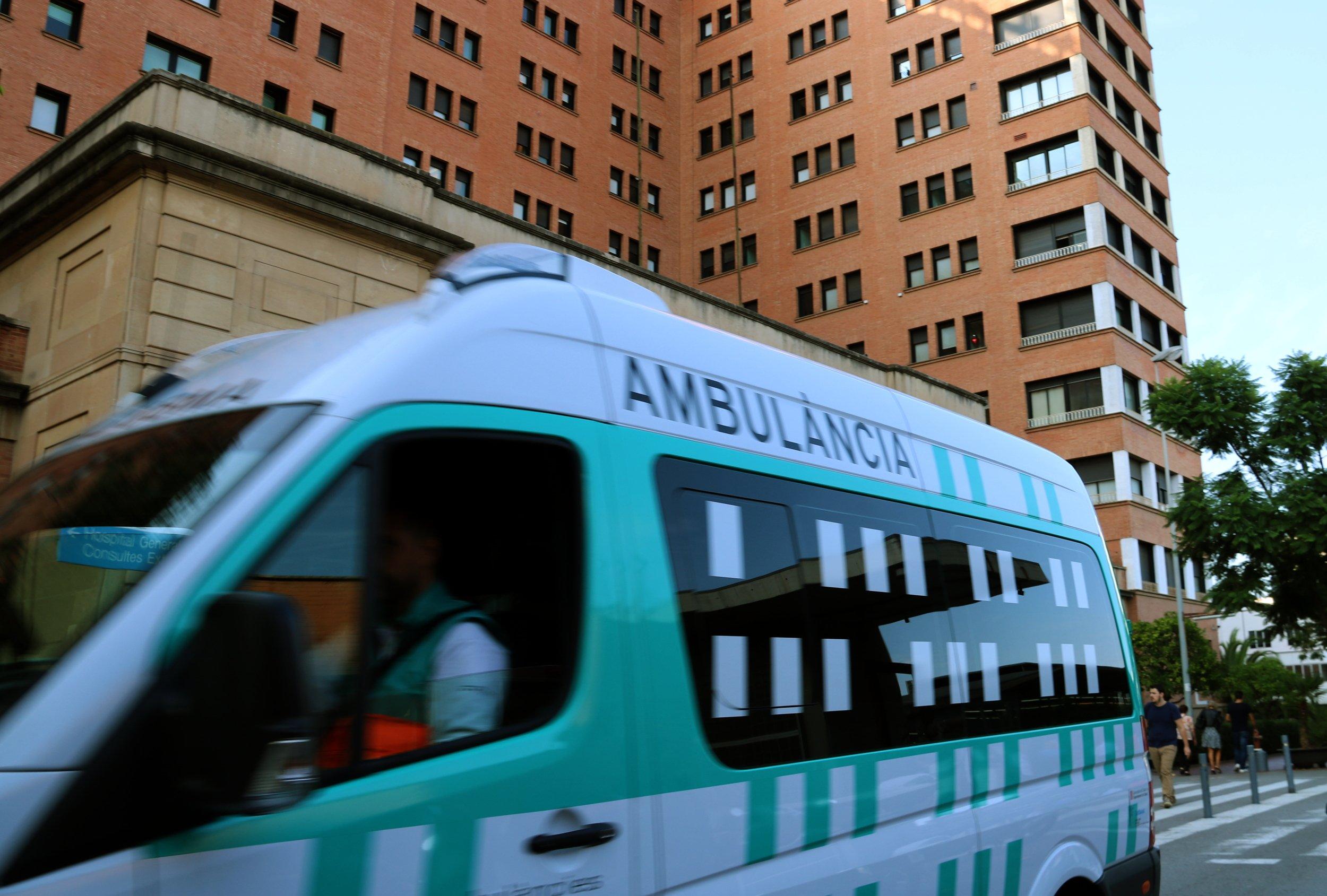 Ambulancia Hospital Vall d'Hebron ACN
