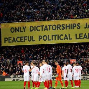 pancarta camp nou presos politic barça efe