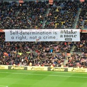 Pancarta Camp Nou Barca Bernat Aguilar