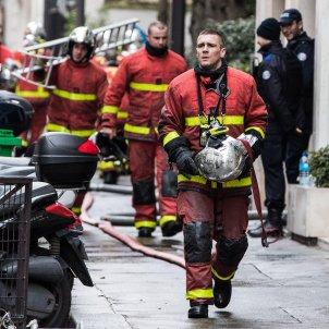 Incendi edifici París EFE