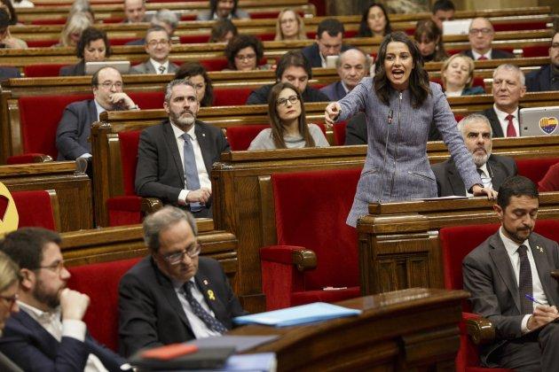 GPJxSí | PNL por la cual el Parlament de Catalunya condena la corrupción del Estado español y el Partido Popular Discusio-torra-arrimadas-ple-parlament-sergi-alcazar-03_15_630x420