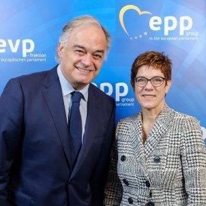 Eurodiputats Esteban González Pons (PP) Annegret Kramp-Karrenbauer - ACN