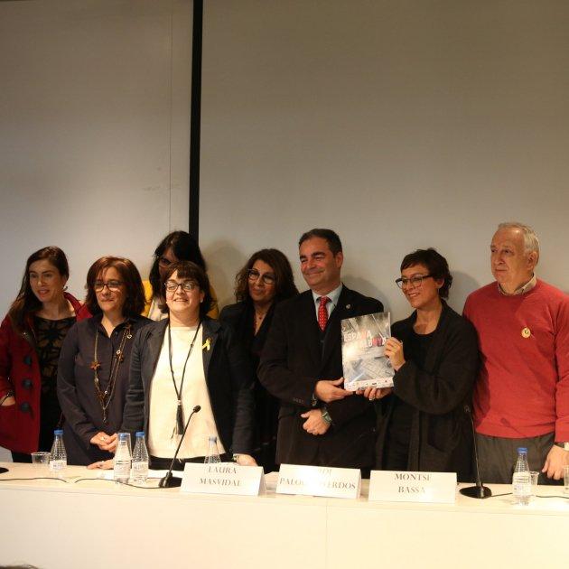Presentació informe vulneració drets catalunya Associació Catalana Drets Civils ACN