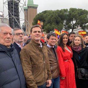 Rivera Valls manifestació Madrid diàleg Catalunya - @manuelvalls