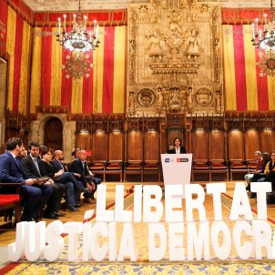 Ada Colau alcaldes Judici EFE
