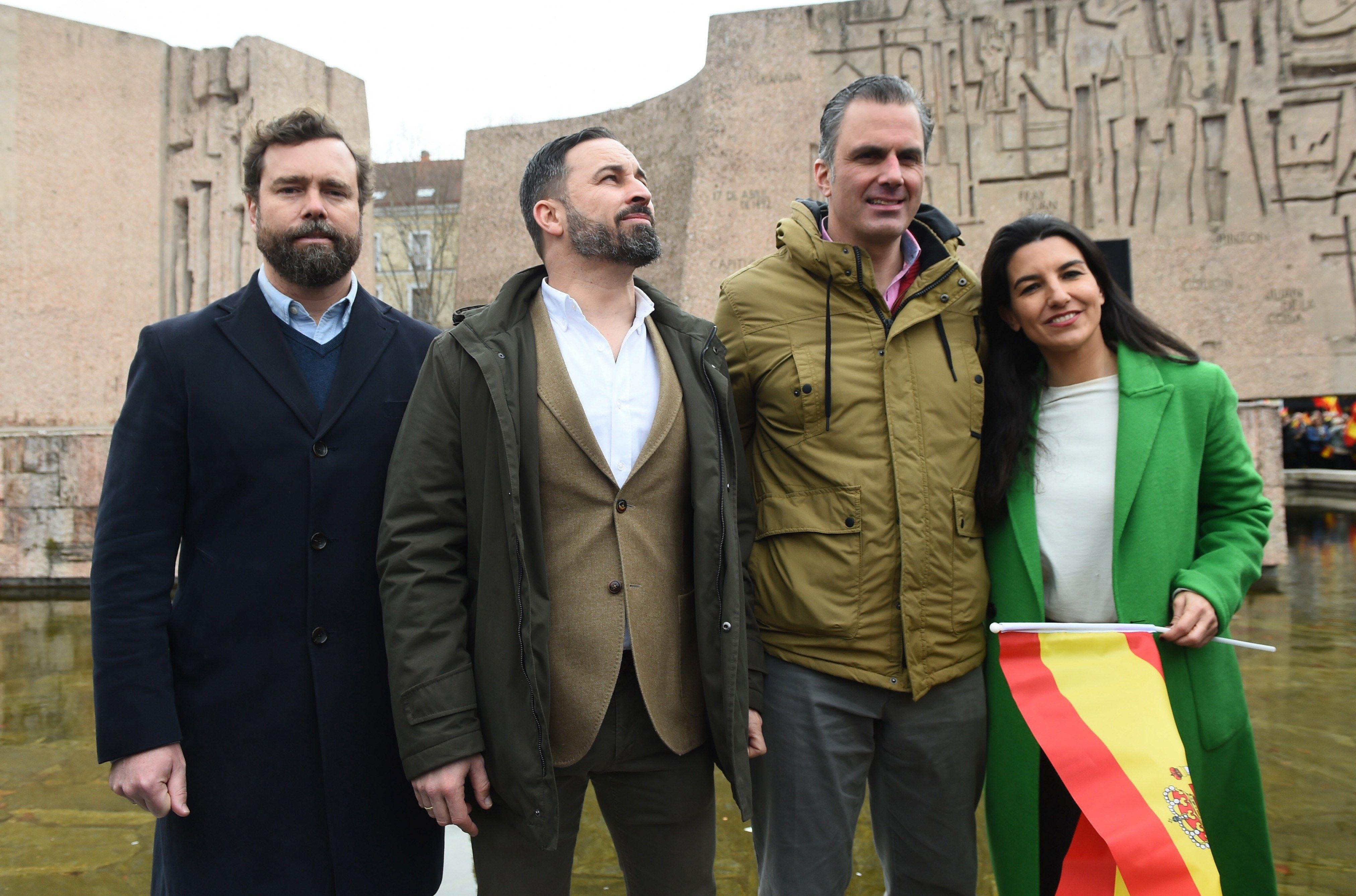 VOX, Santiago Abascal (2i), Javier Ortega Smith (2d), Iván Espinosa de los Monteros (i), Rocio Monasterio (d), EFE