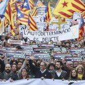 Manifestació judici proces gran via Torra Torrent Aragones Capçalera estelades - Sergi Alcàzar