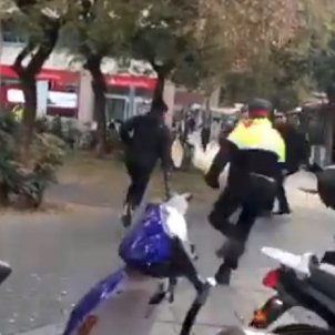 cdr mossos lesseps