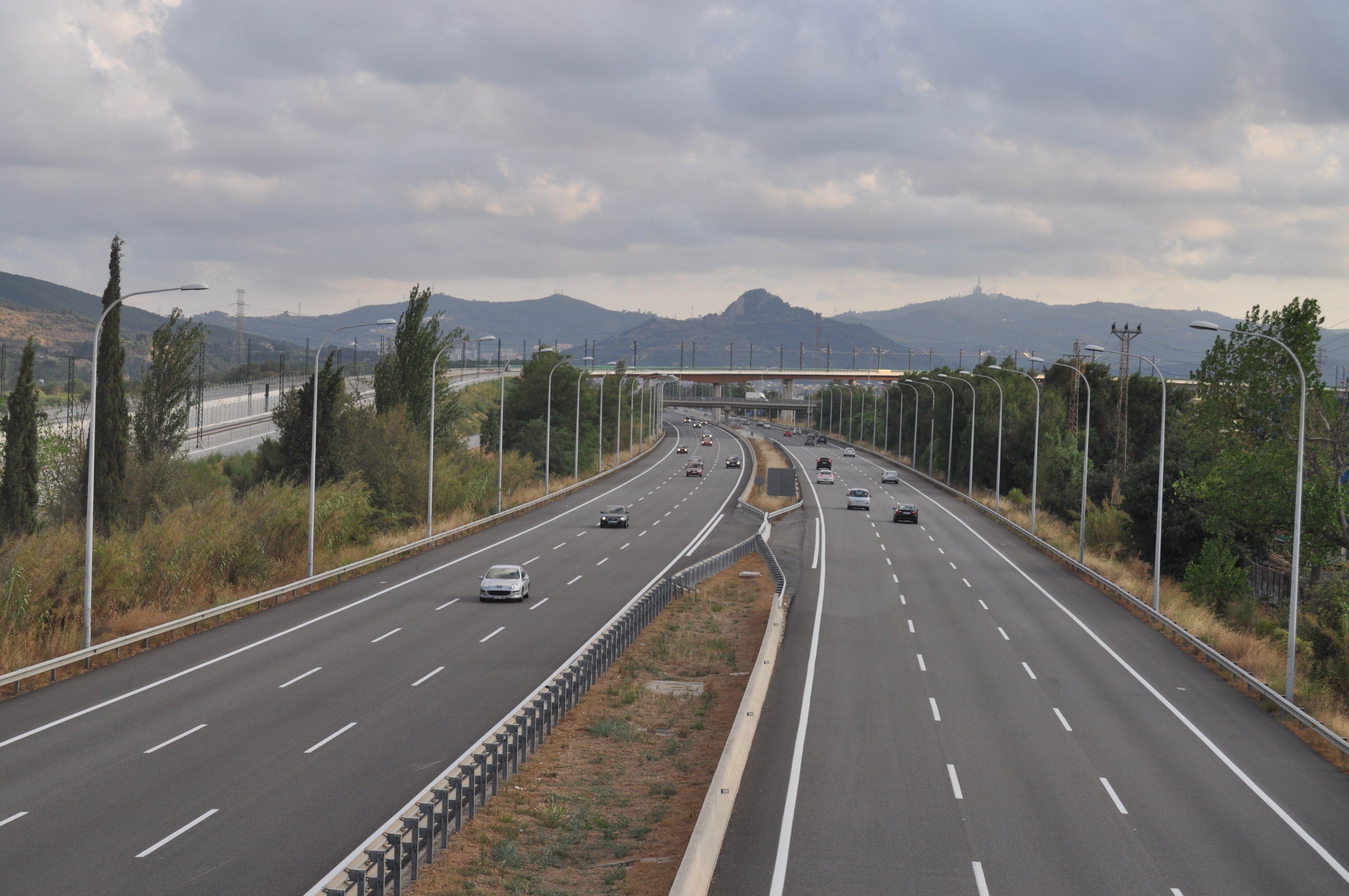 tràfic vehicles vaga Autopista C 33   Mollet del Valles   2010 07 26   JT Curses 2