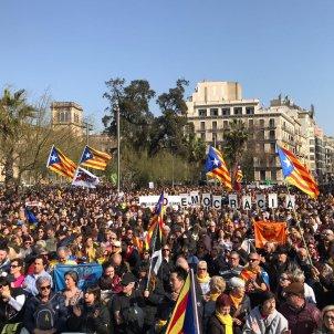 vaga 21 febrer plaça universitat el nacional carlota camps