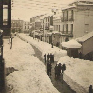 El regim franquista oculta les víctimes de la gran nevada de 1944. Fotografia de Falset (1944). Font Alfred Rodriguez Picó