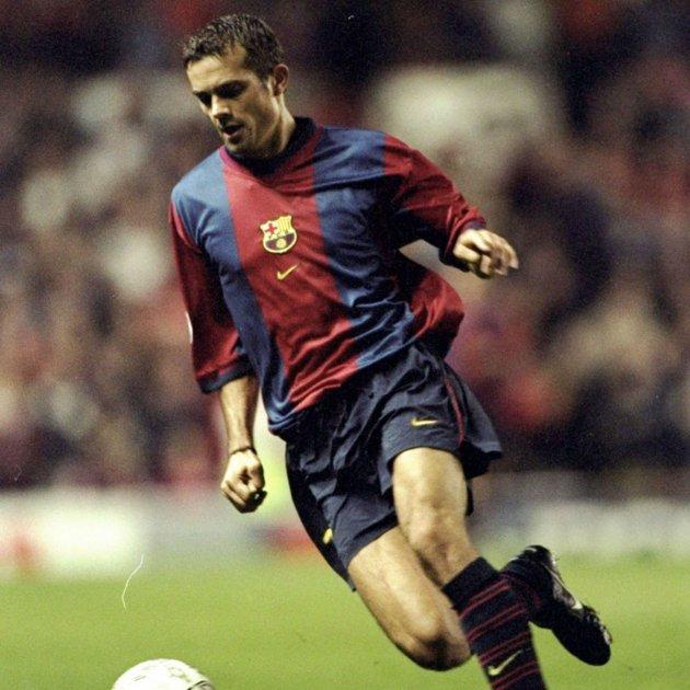 cocu barça  Champions League. El Barça jugarà el Clàssic de Lliga contra el  Reial Madrid amb una samarreta ... bd4a5ae86d4