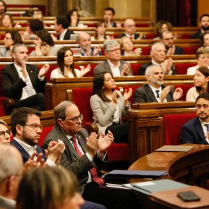 Parlament hemicicle aplaudint - Sergi Alcàzar