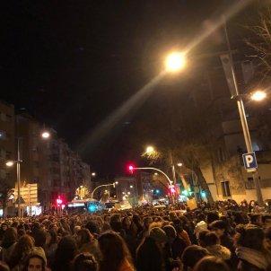 Manifestacio la nit es nostra Barcelona - @Vaga8MStAndreu