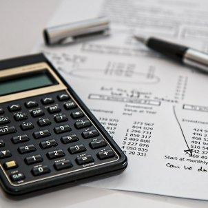 calculadora facturas - pixabay
