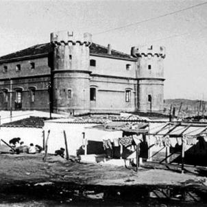 El regim franquista executa cinc maquis de Talion al Camp de la Bota. Castell de la Bota (década dels 50). Font Europa Press