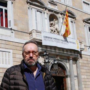 Juan Carlos Girauta llaç groc plaça Sant jaume març 2019 Sergi Alcàzar