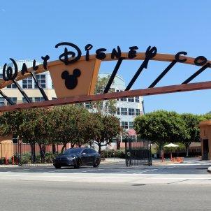 Walt Disney Studios Alameda Entrada -wikipedia/coolceasar