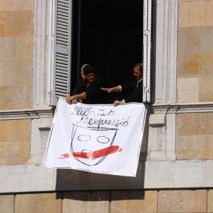 pancarta llibertat expressio façana generalitat   acn