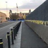 Estibadors Port Barcelona llaços grocs   Estibadors per la República