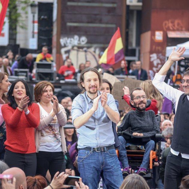 Europapress 2017174 Pablo Iglesias Pablo Echenique Y Juan Carlos Monedero En El Acto De Precampaña De Podemos En Madrid