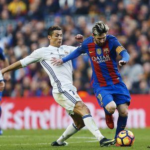 Leo Messi Cristiano Ronaldo Barça Madrid Camp Nou EFE