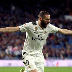 Benzema gol Reial Madrid Osca EFE