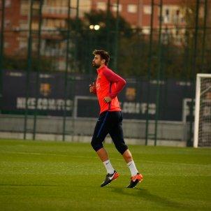 Entrenament Barça Pique   Sergi Alcàzar
