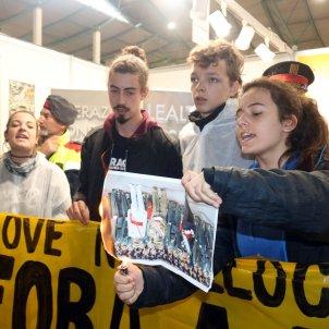 crema fotos exercit expojove Girona contra exèrcit ACN