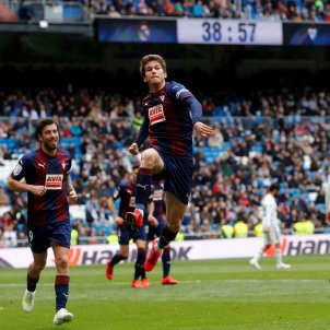 Marc Cardona Reial Madrid Eibar EFE