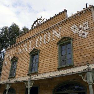 saloon 207396 1920