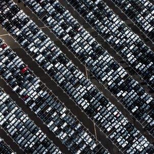 Un parking de cotxes. Foto: Unsplash