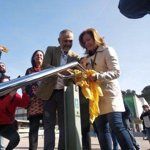 EuropaPress 2067023 Cs retira lazos amarillos de la UAB y denuncia a la Fiscalía el escrache a Álvarez de Toledo