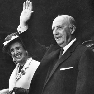 Francisco Franco and Carmen Polo   wikimedia