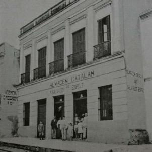 Els casals catalans d'Amèrica donen suport a la Generalitat republicana. Negoci català a Asunción (Paraguai). Font Biblioteca Nacional de Asunción