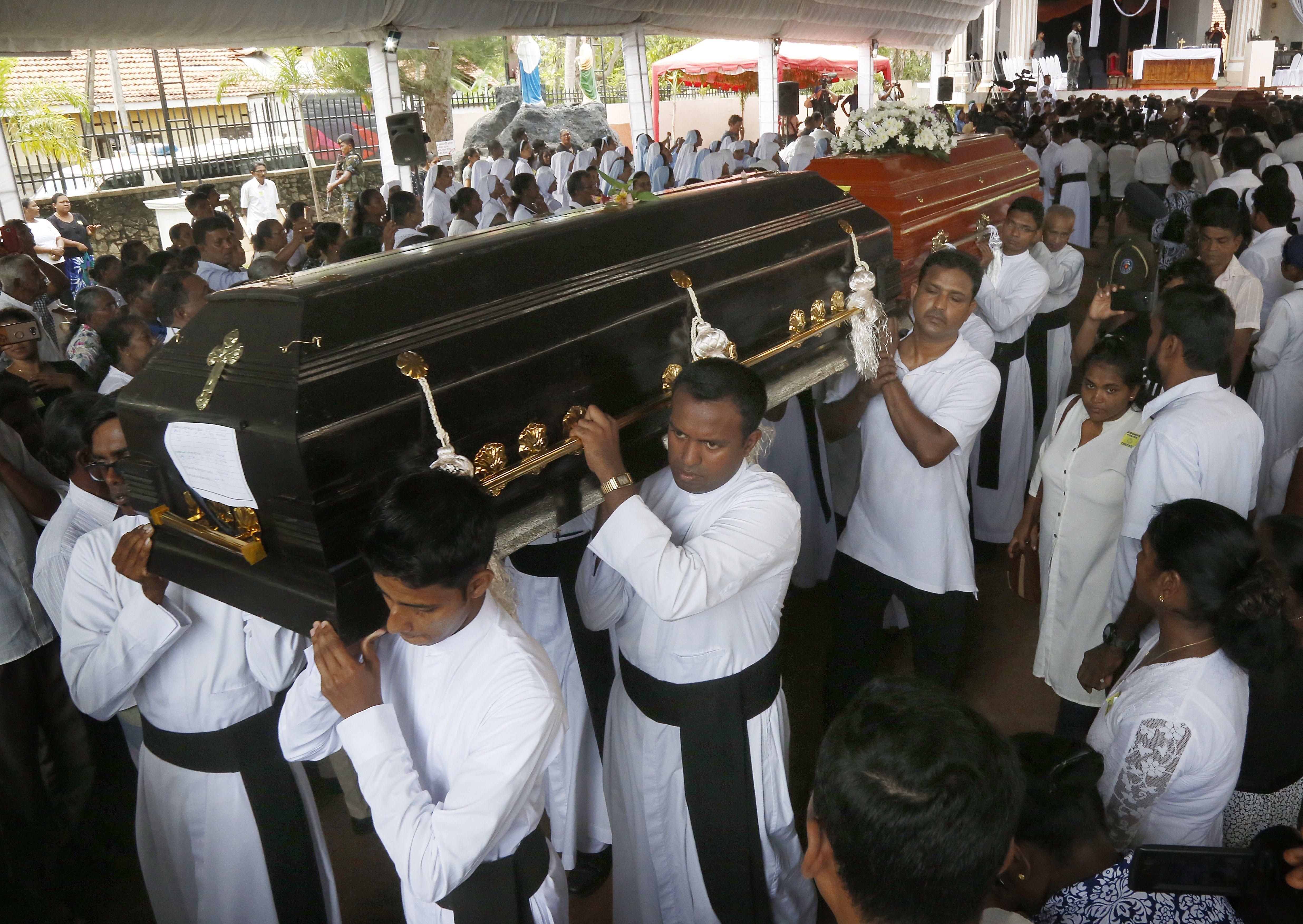 Funeral víctimes atemptats Sri Lanka EFE