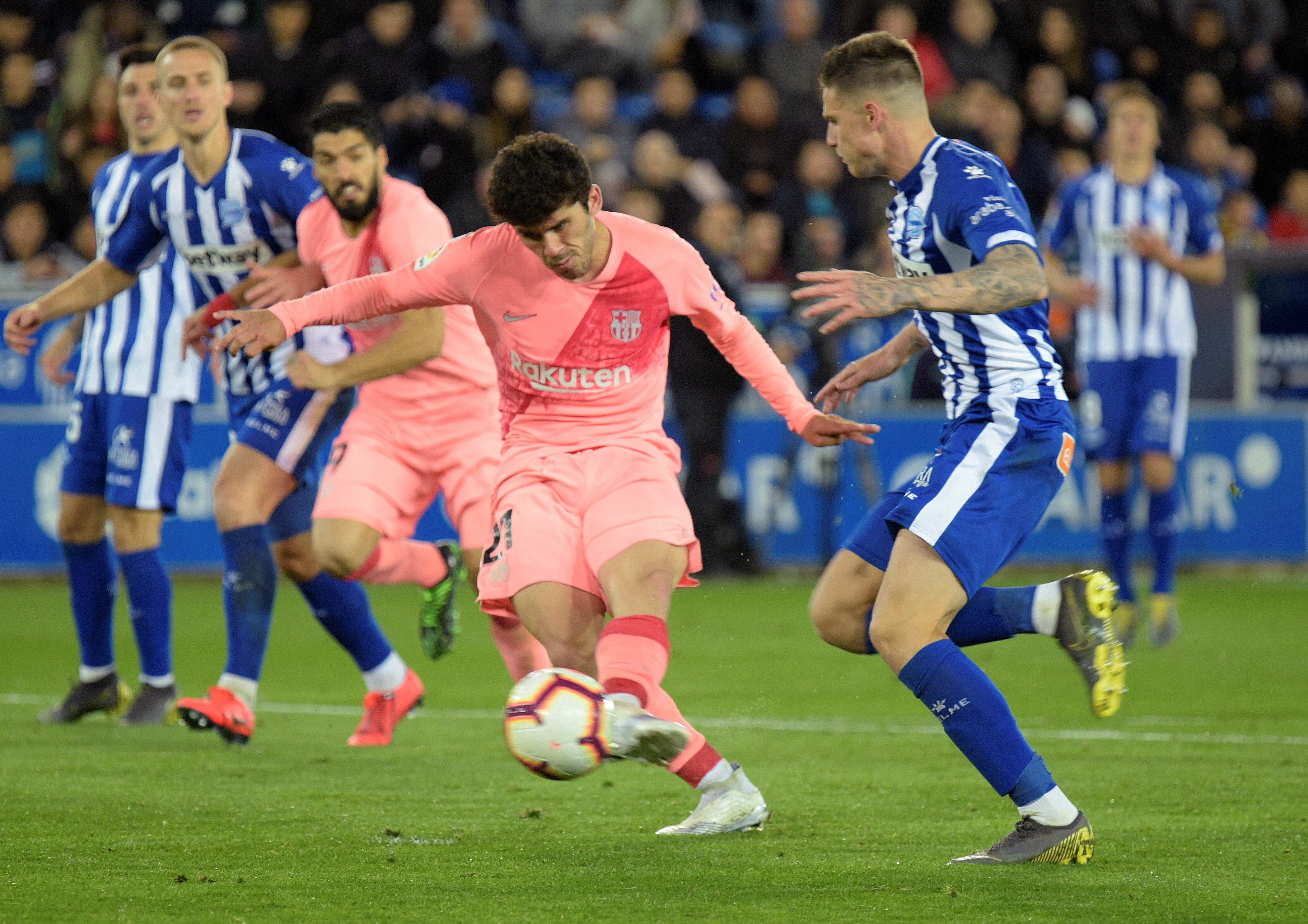 Carles Aleñá gol Alabès Barça EFE