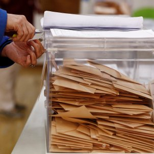 escrutini urna vots eleccions 28-a - efe