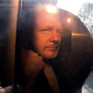 julian assange efe