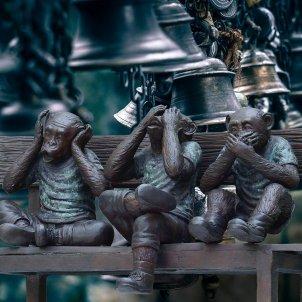 tres monos silenci pixabay