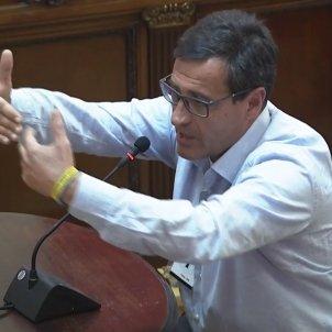 Antoni Taulés votant 1-O Suprem