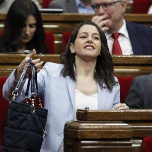 Arrimadas marxa amb la bossa ultim dia parlament GTRES