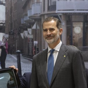 Rei Felip VI riure automobile Barcelona - Sergi Alcàzar