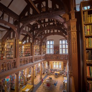 universitat gladstones library  pixabay