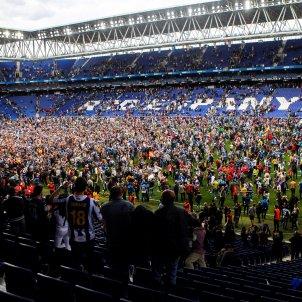 Invasió camp Espanyol RCDE Stadium EFE