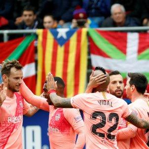 Rakitic Messi Vidal Jordi Alba Eibar Barca EFE