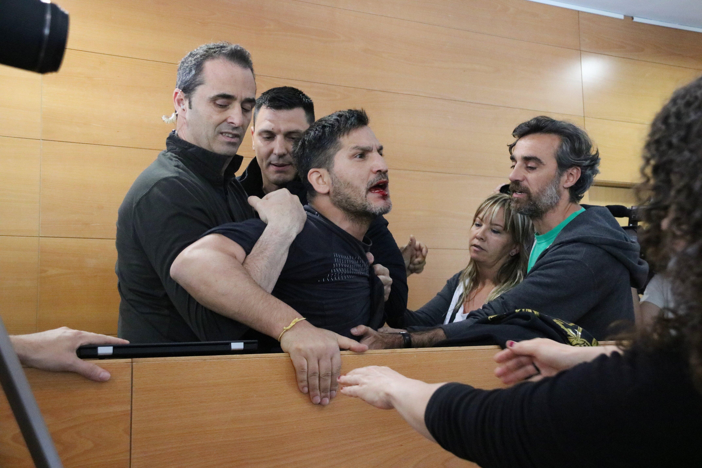 Activista sense sostre debat habitatge barcelona - ACN