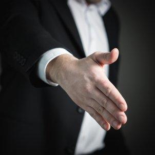 Encaixada de mans (Tero Vesalainen)
