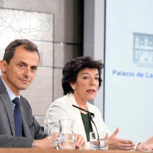 Isabel Celaá Pedro Duque - EFE